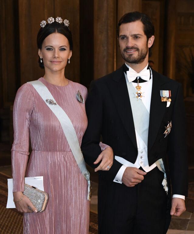 PROFILERT PAR: Prinsesse Sofia og prins Carl Philip på det svenske kongeparets Nobelmiddag i 2016. Foto: TT/ NTB scanpix