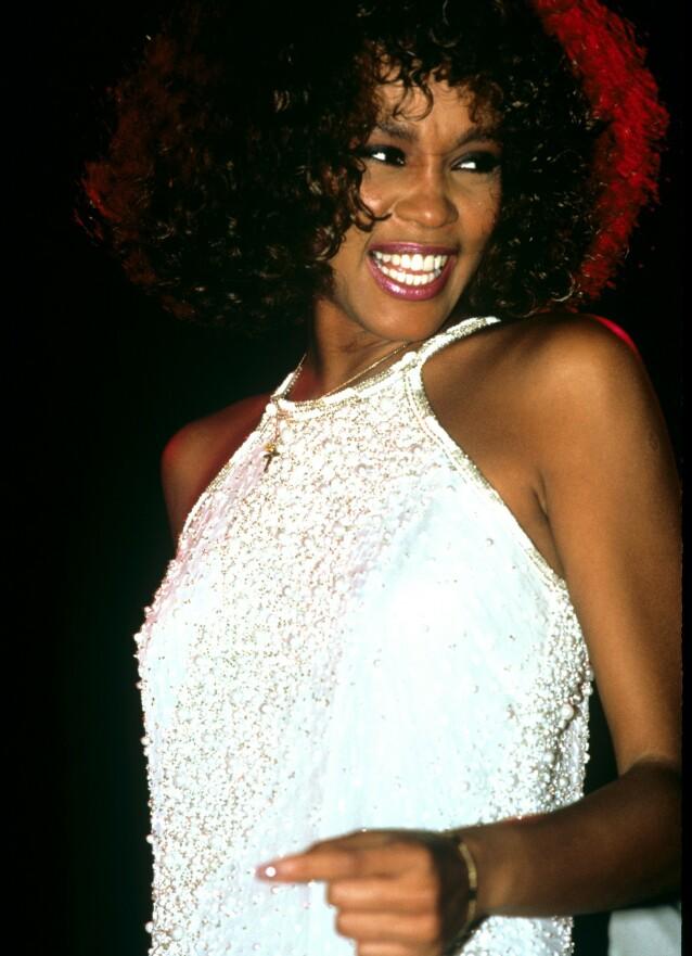 LEGENDE: Whitney Houston har fått legendestatus etter sin død. Hun er nemlig å anse som en av tidenes beste sangerinner. Foto: NTB Scanpix