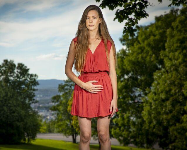 GJØR VONDT: - Jeg håper legene får mer kunnskap om endometriose, slik at flere jenter kan hjelpes tidligere, sier Martine.