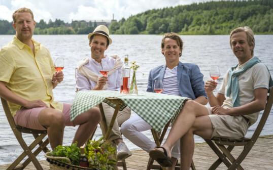 KJENT TV-KVARTETT: Bård og Vegard Ylvisåker, flankert av Calle Hellevang-Larsen og Magnus Devold (t.v.), meldte i juli at de er tilbake på TVNorge til høsten med en ny satsing. Foto: Discovery Networks / TVNorge