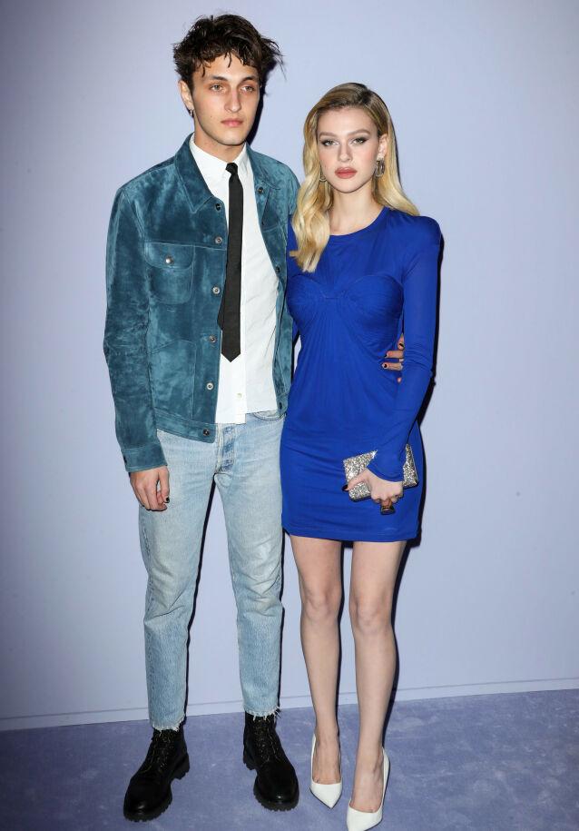 MODELL-EKS: Før Brooklyn Beckham og Nicola Peltz falt for hverandre, var Nicola i et forhold med Anwar Hadid - broren til Bella og Gigi Hadid. Her er de to under moteuken i New York i februar 2018. Foto: Matt Baron/ REX/ NTB scanpix