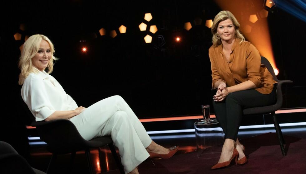 <strong>HOS LINDMO:</strong> Linda Johansen forteller om pornostempelet i fredagens «Lindmo». Foto: Julia Naglestad/NRK