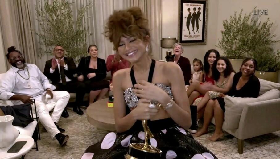HISTORISK: Da Zendaya vant sin første pris under årets Emmy-utdeling ble hun historisk. FOTO: Chris Delmas/NTB