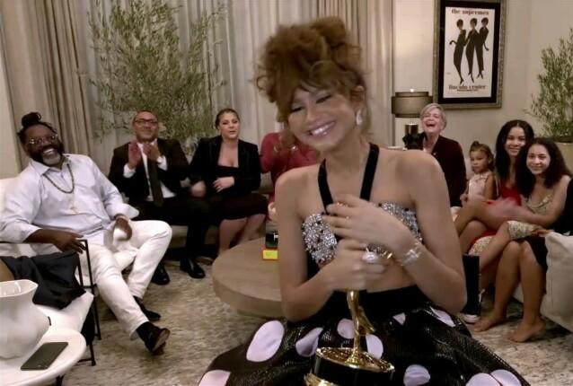 <strong>HISTORISK:</strong> Zendaya ble historisk da hun vant sin første Emmy-pris. FOTO: Invision/NTB