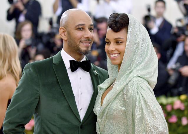 <strong>GIFT:</strong> Popstjernen er gift med rapperen Swizz Beats og sammen har de to sønner. Foto: Charles Sykes/ NTB