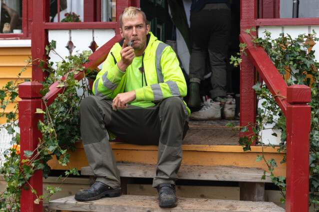 <strong>EGEN STIL:</strong> Raymond Røskeland har så langt på tv-gården båret arbeidsantrekket sitt ved flere anledninger. Foto: Alex Iversen / TV 2