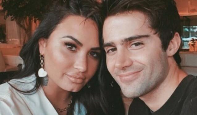 <strong>ANGIVELIG BRUDD:</strong> Flere medier melder at Demi Lovato og Max Ehrich har brutt forlovelsen etter to måneder. Foto: Instagram/Max Ehrich