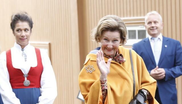 <strong>PÅ OPPDRAG:</strong> Dronning Sonja var som planlagt på plass i Lillehammer fredag. Foto: Christian Roth Christensen/Dagbladet