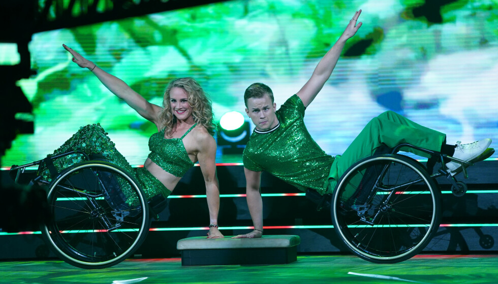 Birgit Skarstein og Philip Raabe Skal vi danse - program 04 Bildene kan kun brukes av media i forbindelse med omtale av TV 2 eller TV 2s programmer. FOTO: Espen Solli / TV 2