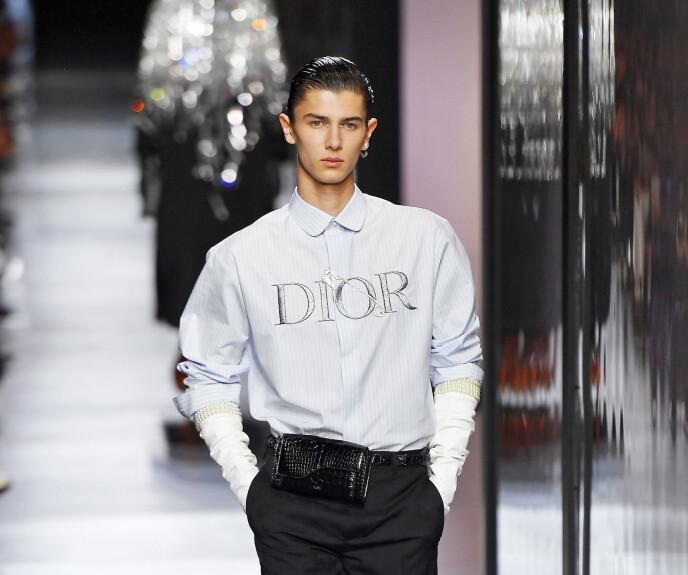 CATWALK: Prins Nikolai på catwalken for motehuset Dior i januar i fjor. Foto: Moos Photo / NTB