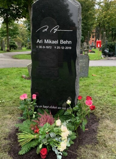 <strong>PRIVAT NEDSETTELSE:</strong> Familiens talsperson bekrefter overfor Se og Hør at Ari Behns urne ble satt ned på bursdagen hans. Foto: Øystein Andersen / Dagbladet