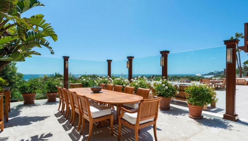 UTEOMRÅDE: Her kan man nyte et måltid under California-sola. Foto: Backgrid UK/NTB