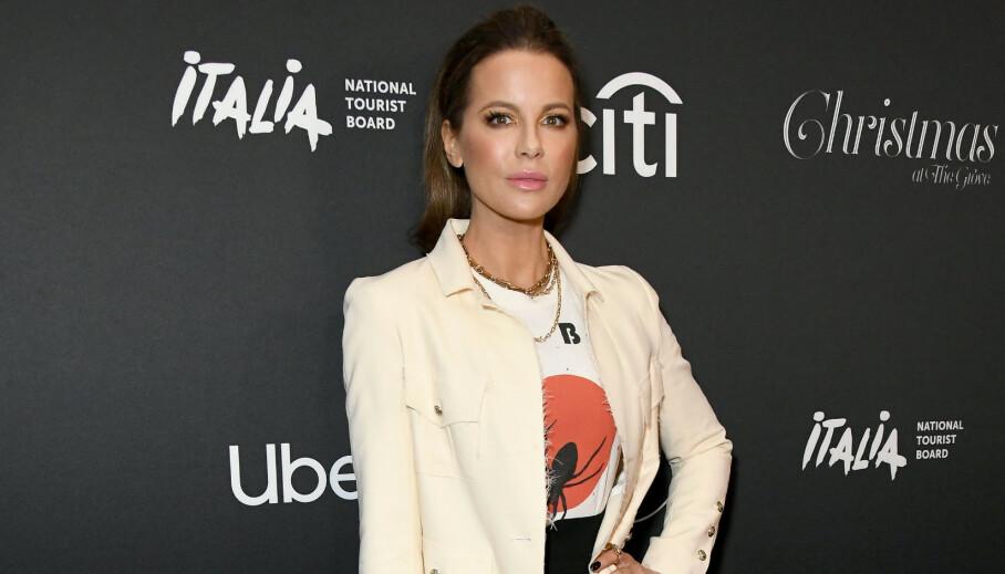 ÅPNER OPP: Kate Beckinsale er blant dem som roser Chrissy Teigen og John Legend for åpenheten. Selv åpner hun opp om eget tap. Foto: Quinn / Pa Photos / NTB