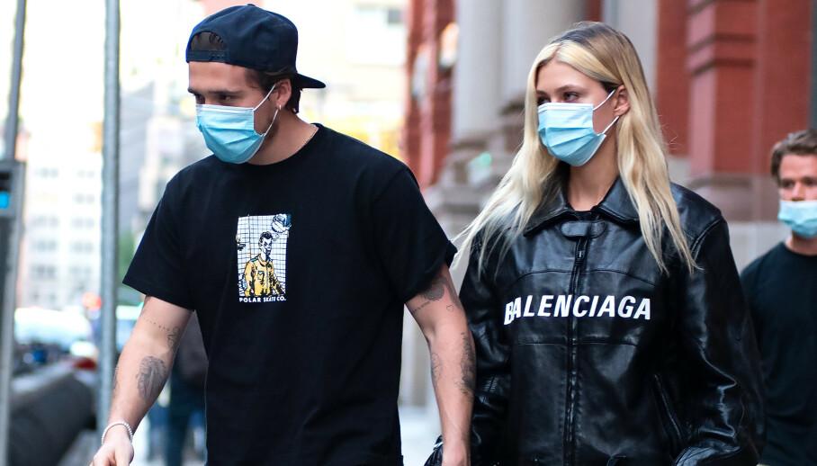 <strong>FORELSKET:</strong> Brooklyn Beckham virker å være hodestups forelsket i forloveden Nicola Peltz. Foto: Janet Mayer/SplashNews/NTB