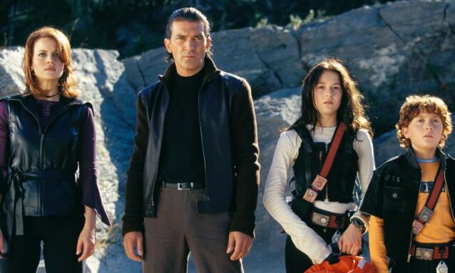 STJERNER: Filmene om familien Cortez var det mange som drømte seg bort i. Samtlige skuespillere fra filmen har gjort det svært godt etter suksessen. Foto: Moviestore / REX / NTB