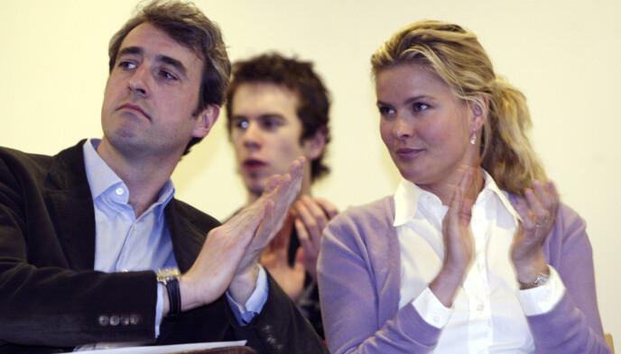 <strong>DEN GANG DA:</strong> Thommessen var tidligere gift med Vendela Kirsebom. Her er eksparet i sammen i 2004. Foto: Lise Åserud / NTB
