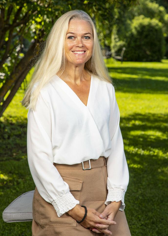 HESTEBONDE: Inger Cecilie Grønnerød har lang erfaring med hester. Det ønsket hun å holde for seg selv. Foto: Tor Lindseth / Se og Hør