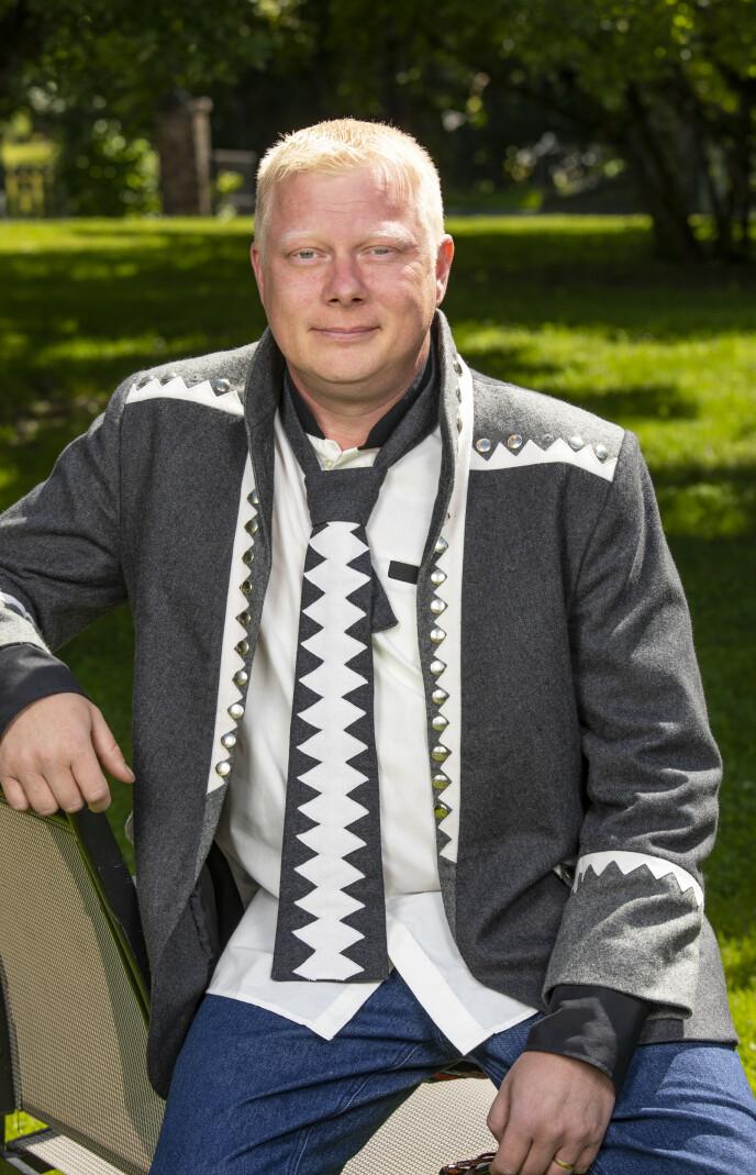 REISTE HJEM: Det ble Nils Kvalvik som måtte takke for seg etter å ha brutt regler på «Farmen». Han mener situasjonen kunne ha vært en annen. Foto: Tor Lindseth / Se og Hør