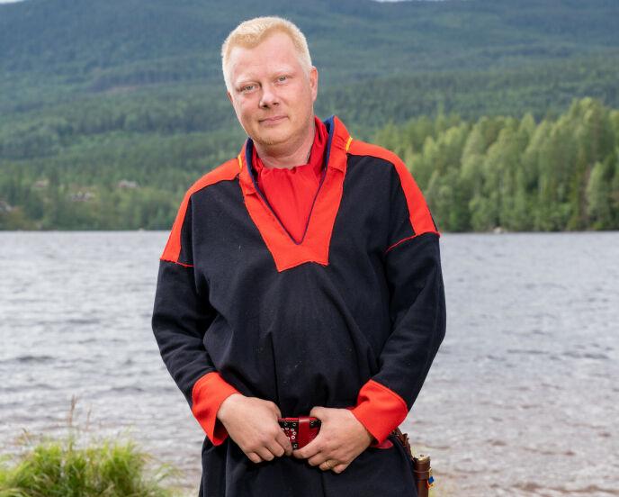 OVERRASKENDE AVGJØRELSE: Nils Kvalvik valgte å reise hjem da produksjonen skulle kaste ut en deltaker. Det får han mye støtte for. Foto: Alex Iversen / TV 2