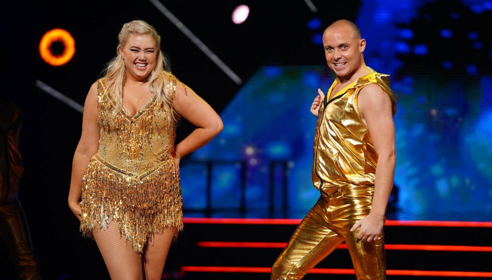 <strong>UTE:</strong> Danseeventyret er også over for Agnete Husebye og dansepartneren Bjørn. Foto: TV 2 / Espen Solli