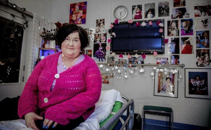ALVORLIG SYK: Christine Koht på Sunnaas Sykehus i forbindelse med opptrening etter lang tid som kreftsyk. Foto: Tor Lindseth / Se og Hør