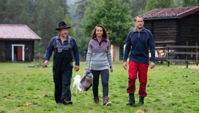 UTFORDRERE: Asle, Marianne og Per kom inn på gården etter fire uker. De to mennene fikk begge bli på gården. Foto: Alex Iversen / TV 2
