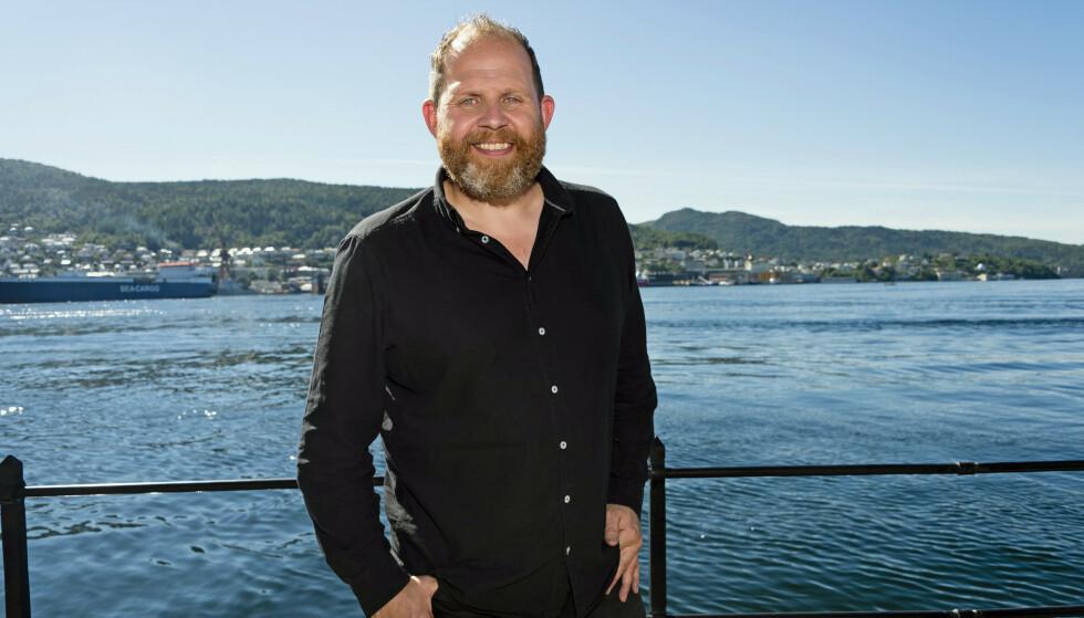 I SORG: Programleder Truls Svendsen mistet faren for rundt to uker siden. Her på TV2s høstlansering i 2019. Foto: Geir Egil Skog/ Aller Media