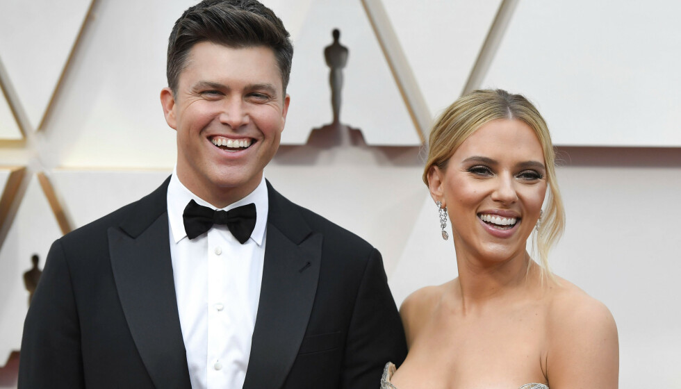 MANN OG KONE: Scarlett Johansson og Colin Jost har gitt hverandre sine ja. Her er de avbildet under årets Oscar utdeling i februar. Foto: ACE Pictures/Shutterstock/NTB