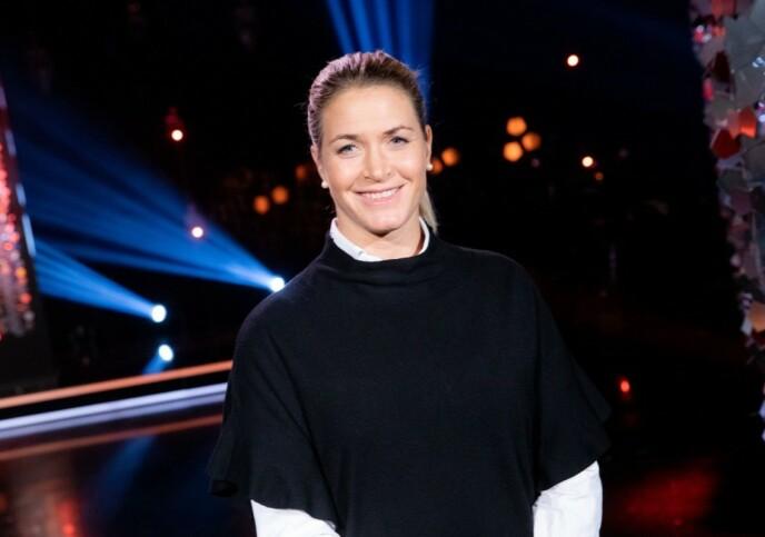 FORTELLER: Susann Pettersen gjester Lindmo i kveld. Her fra opptakene. Foto: NRK