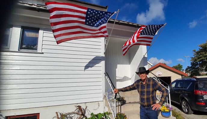 FRYKTER BORGERKRIG: Rick Kirkham, kjent fra «Tiger King» på Netflix, bor for tida i Bodø. Han er redd for at det skal bryte ut borgerkrig i USA. Foto: Privat
