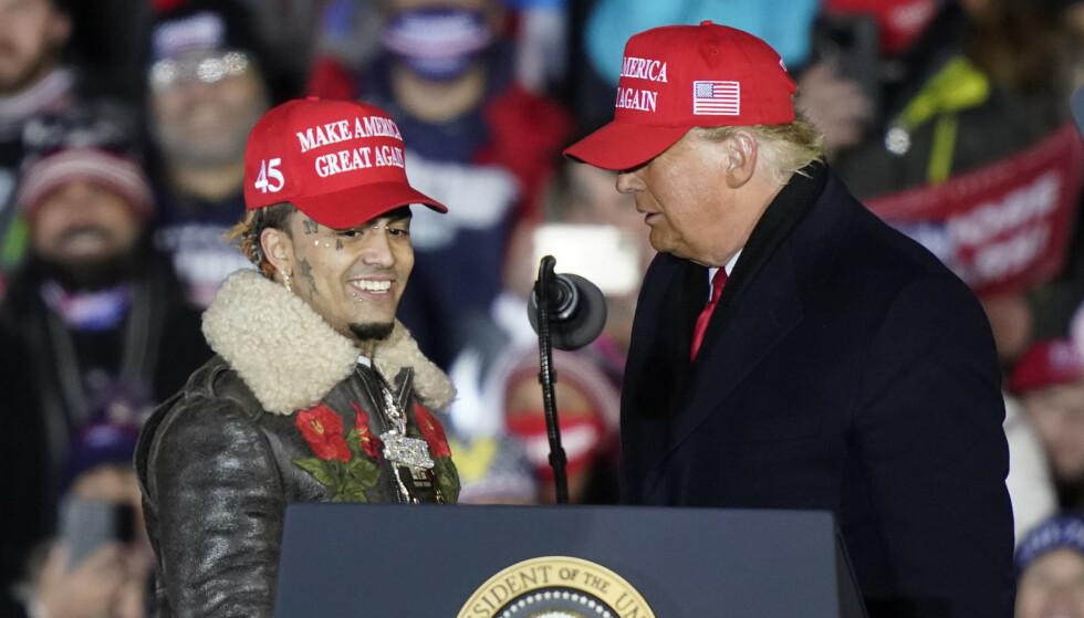SLAKTES: Lil Pump ble hentet opp på scenen av president Donald Trump på selveste valgdagen. Foto: Carlos Osorio/AP/NTB