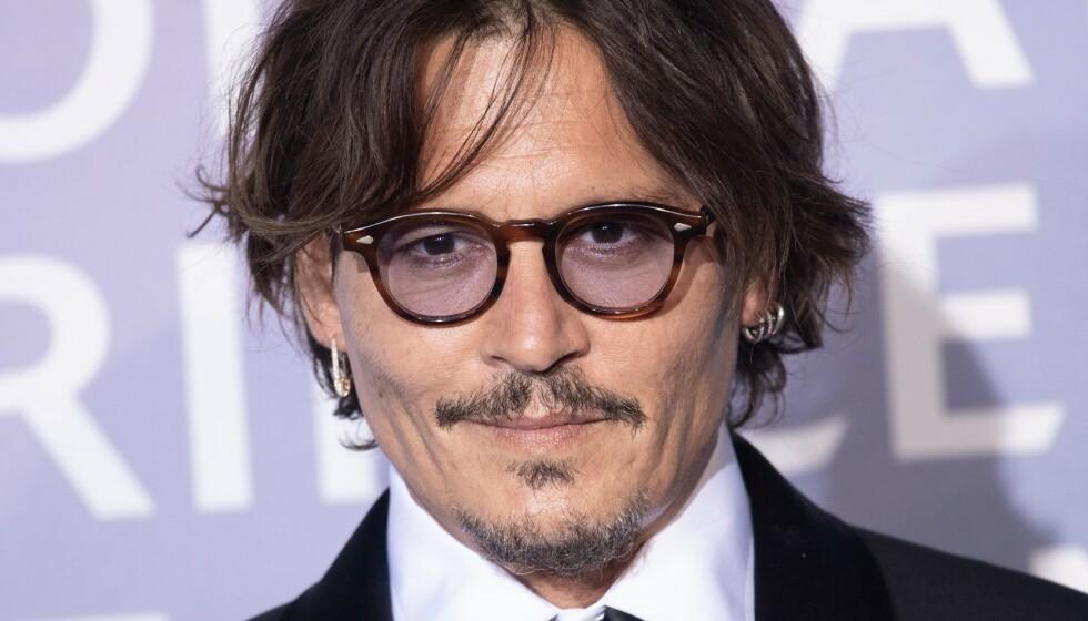 BEDT OM Å GÅ: Johnny Depp skriver fredag kveld at han fikk beskjed om å trekke seg fra kommende film. Foto: Pool/Shutterstock/NTB
