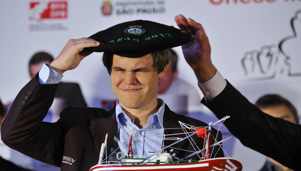 TOK GREP: Magnus Carlsen, her fra Bilbao i 2012, drakk vodka under VM i Kasakhstan. Foto: NTB