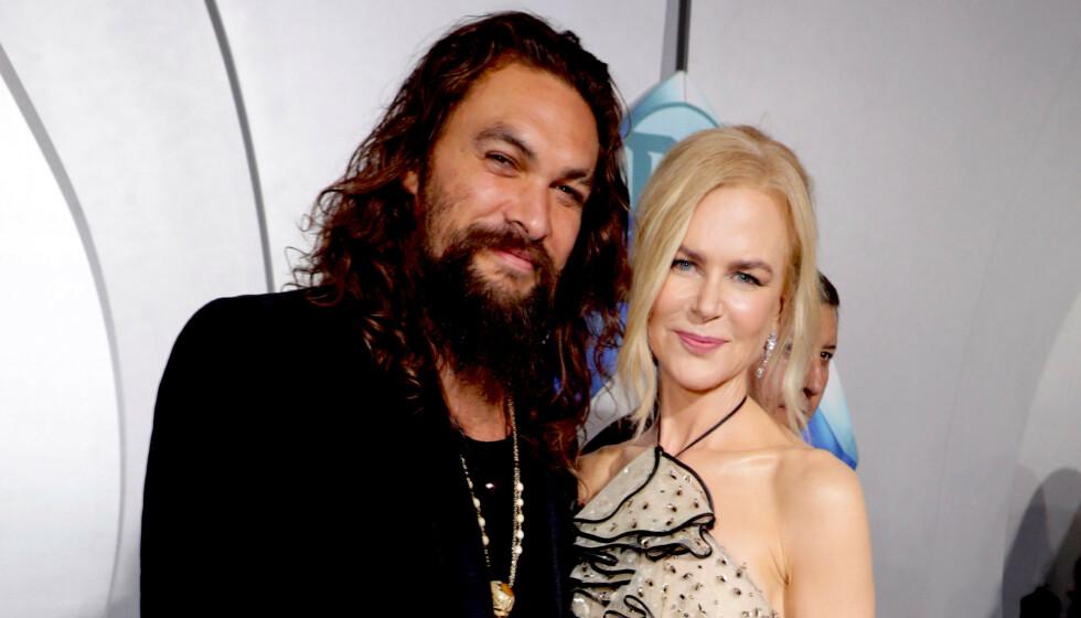 ØKONOMISK TRØBBEL: Jason Momoa har blitt et av de heteste navnene i Hollywood på få år, og pengene har strømmet inn. Slik har det ikke alltid vært. Her med «Aquaman»-kollega Nicole Kidman i 2018.. Foto: Eric Charbonneau/ REX/ NTB