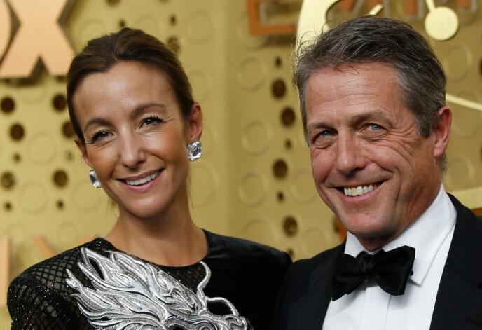 GODT GIFT: Hugh Grant og hans svenske kone Anna Elisabet Eberstein giftet seg i 2018 og har siden den gang holdt sammen. Foto: Mario Anzuoni / Reuters / NTB