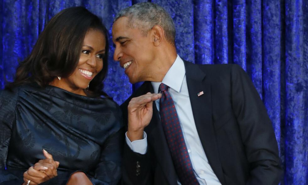 GODT GIFT: Michelle og Barack Obama har vært gift siden 1992. Foto: Jim Bourg / Reuters / NTB