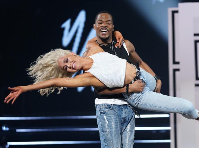 TOPPSCORE: Etter å ha danset sin jive fikk Helene og Nate 40 poeng. Foto: Espen Solli / TV 2