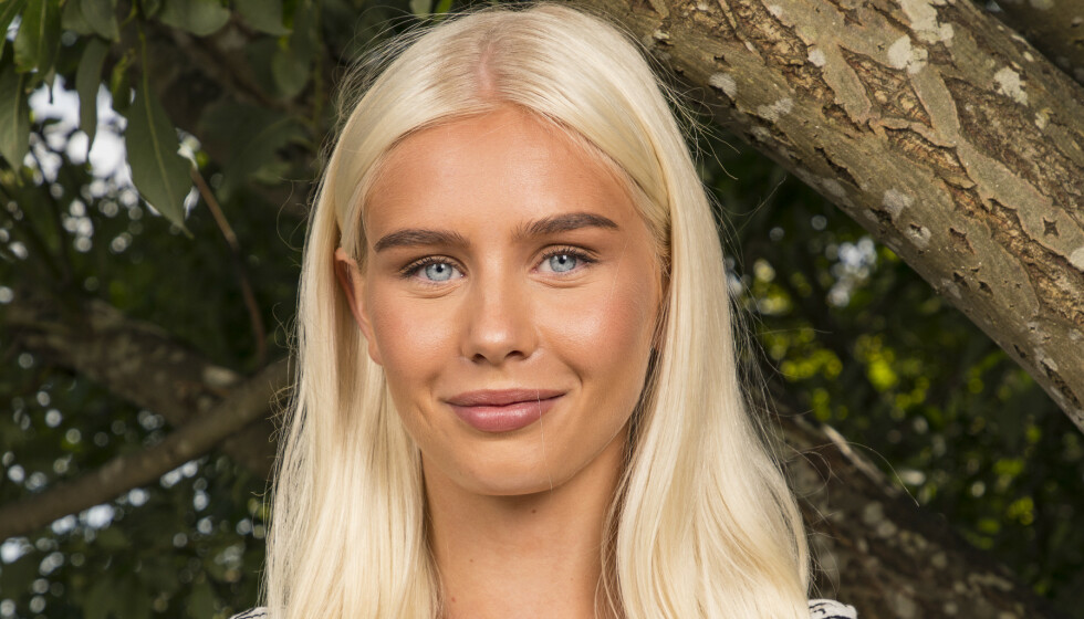 FORELSKET: Amalie Snøløs letter for første gang på sløret om sin utkårede Foto: Tor Lindseth / Se og Hør