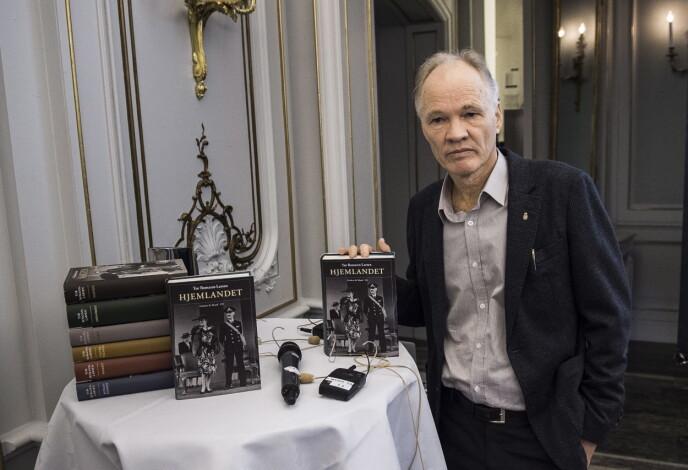 GIR HARD KRITIKK: Tor Bomann-Larsen har skrevet en rekke bøker om det norske kongehuset. Foto: Lars Eivind Bones / Dagbladet