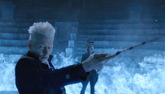 """SKURKEN: Johnny Depp i rollen som Gellert Grindelwald i """"Fantastic Beasts: The Crimes of Grindelwald"""". Foto: Warner Bros/Kobal/REX/NTB"""