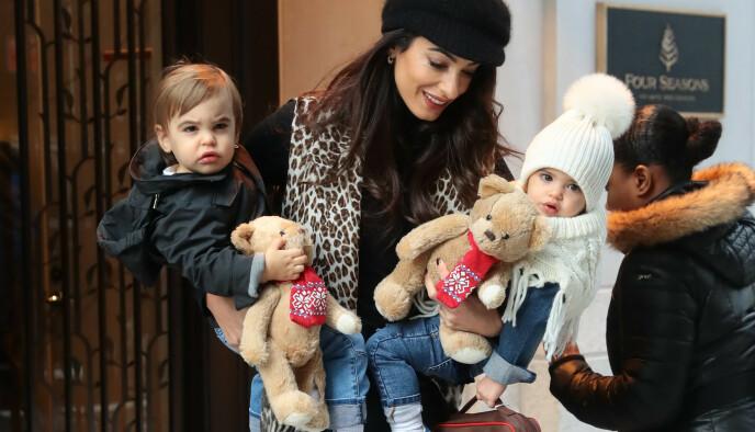 FAMILIEN: Her er Amal fotografert med Alexander og Ella et halvt år etter den skumle ulykken. Foto: NTB