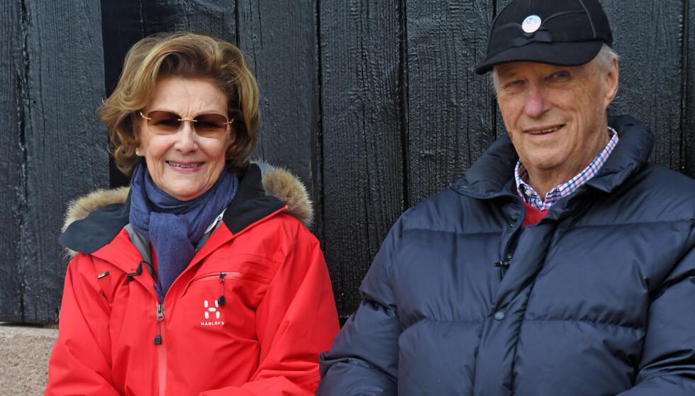 I KARANTENE: Kong Harald og dronning Sonja er satt i karantene grunnet coronasmitte på slottet. Foto: NTBFoto: NTB