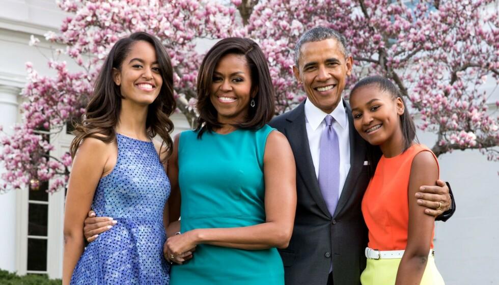 AVSLØRER: Barack Obama åpner seg om hvordan forholdet til døtrene har endret seg. Foto: Pete Souza/Rex/NTB