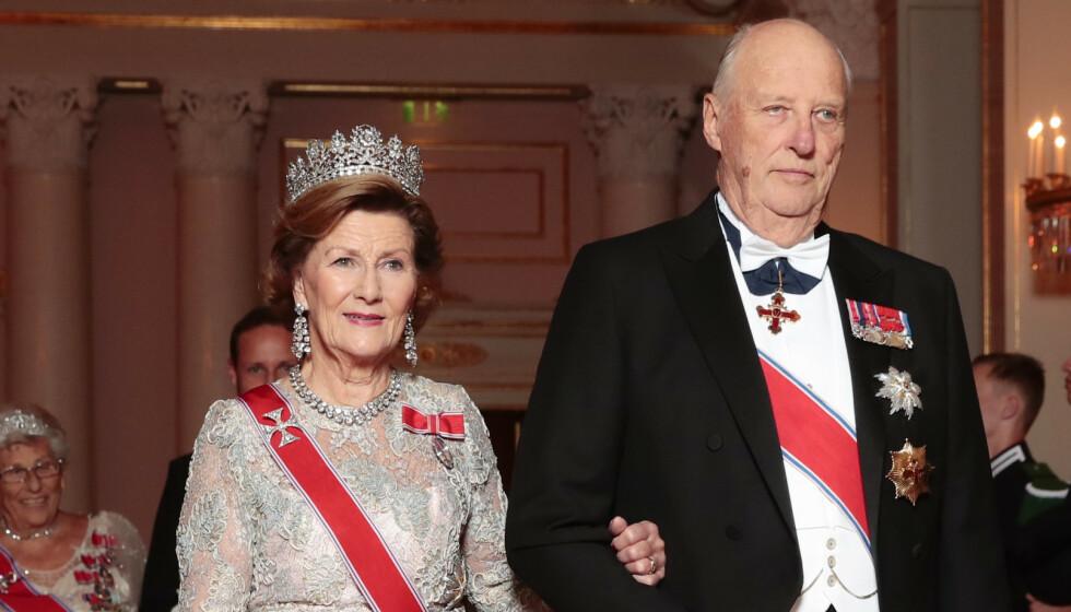 TESTET NEGATIVT: Torsdag formiddag kom nyheten om at kongeparet er ute av karantene. Foto: Håkon Mosvold Larsen / NTB