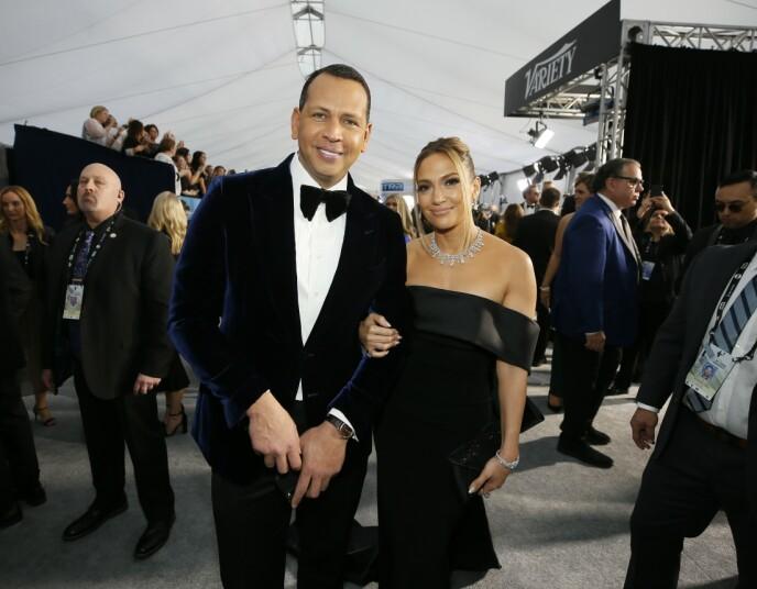 FORLOVET: I fjor gikk Alex Rodriguez ned på et kne og fridde til Jennifer Lopez. Han fikk et ja, men paret har ingen planer om å gifte seg riktig enda. Foto: Reuters /Danny Moloshok/ NTB