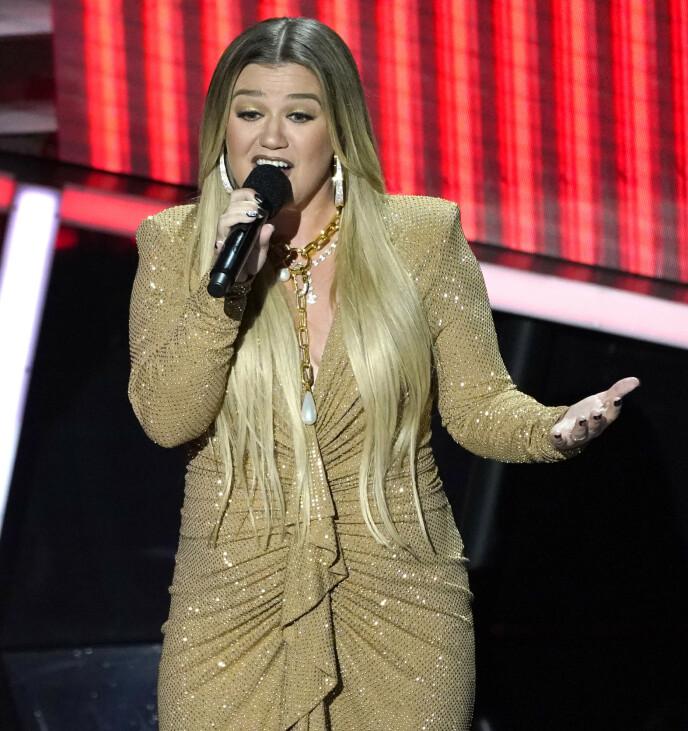 SUPERSTJERNE: Kelly Clarkson har solgt over 25 millioner album og har gjort stor suksess som artist. Foto: Chris Pizzello / NTB