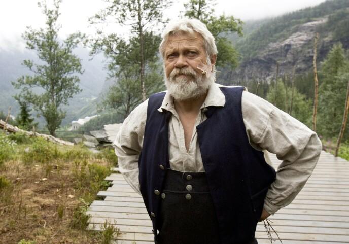 HAR GÅTT BORT: Nils Sletta vil bli husket som skuespiller og spellemann. Foto: Dag Jenssen / Samfoto / NTB