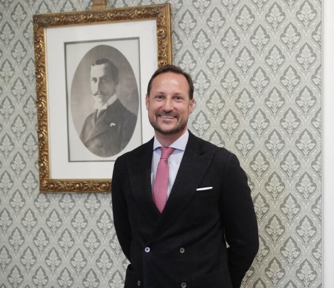 ANNERLEDES: Kronprins Haakon tror han kommer til å bli en annerledes konge enn faren. Foto: Berit Roald / NTB
