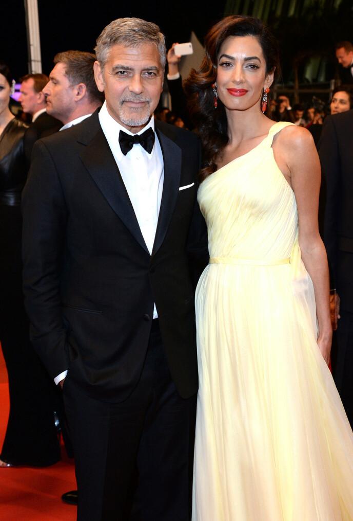 SMÅBARNSFORELDRE: George og Amal Clooney kunne i 2017 juble over å bli foreldre for første gang til tvillingene Alexander og Ella. Foto: Anthony Harvey / REX / NTB