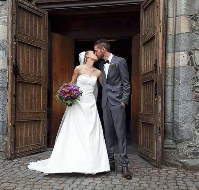 WEDDING: Elizabeth and Ronnie Andre became lovers lover ten years ago.  They were married on July 8, 2017 at Stavanger Cathedral.  Photo: Private